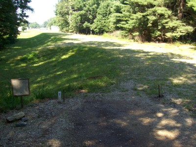 Hodges Village Dam, Main course, Hole 1 Long tee pad