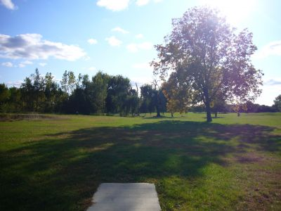 Lakeshore, The Ponds, Hole 5 Long tee pad