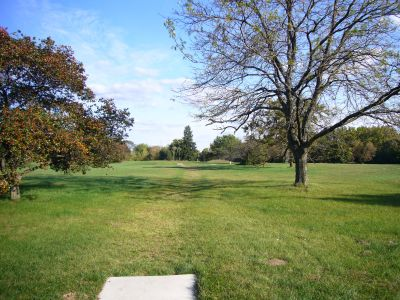 Lakeshore, The Ponds, Hole 11 Long tee pad