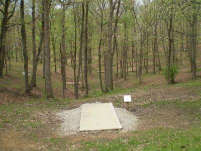 Armco Park, White course, Hole 1