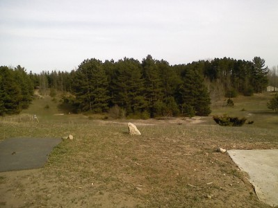 Garbage Hill, Main course, Hole 4 Tee pad