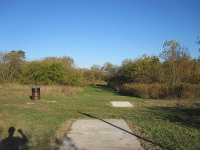 Independence Lake County Park, Chuck D. Memorial Course, Hole 8 Long tee pad