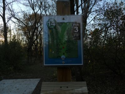 Independence Lake County Park, Chuck D. Memorial Course, Hole 14 Hole sign