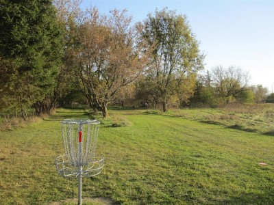 Independence Lake County Park, Chuck D. Memorial Course, Hole 9 Reverse (back up the fairway)