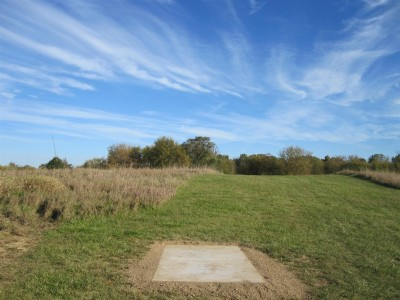 Independence Lake County Park, Chuck D. Memorial Course, Hole 6 Middle tee pad