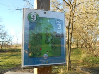 Independence Lake County Park, Chuck D. Memorial Course, Hole 9 Hole sign