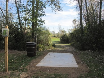 Independence Lake County Park, Chuck D. Memorial Course, Hole 3 Long tee pad