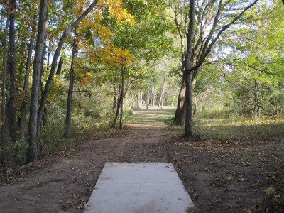 Independence Lake County Park, Chuck D. Memorial Course, Hole 2 Middle tee pad