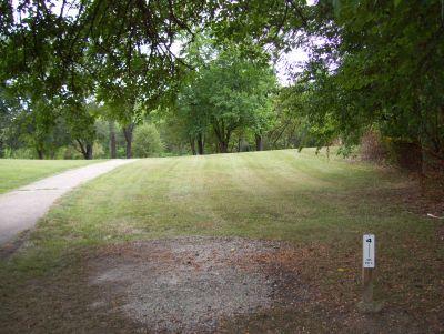 Westbrook Park, Main course, Hole 4 Tee pad
