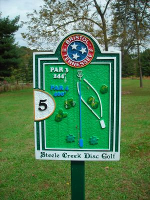 Steele Creek Park, Main course, Hole 5 Hole sign