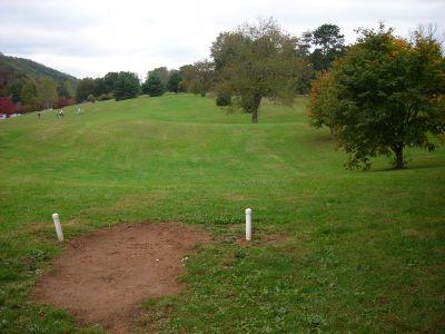 Steele Creek Park, Main course, Hole 7 Short tee pad