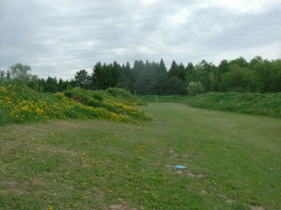 Farmview, Main course, Hole 16 Short tee pad