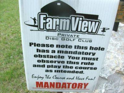 Farmview, Main course, Hole 10 Short tee pad