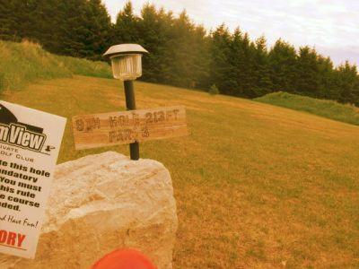 Farmview, Main course, Hole 9 Short tee pad