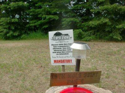 Farmview, Main course, Hole 15 Short tee pad