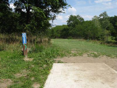 Kensington Metropark, Black Locust, Hole 27 Short tee pad