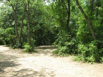 Kensington Metropark, Black Locust, Hole 10 Short approach