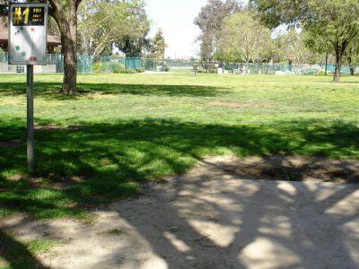 Liberty Park, Main course, Hole 1 Tee pad