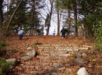 Irving Park, Main course, Hole 16 Midrange approach