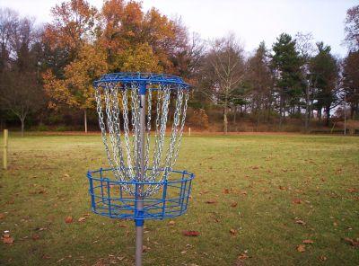 Irving Park, Main course, Hole 13 Putt