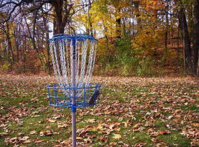 Irving Park, Main course, Hole 12 Putt
