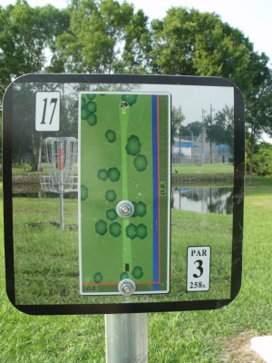 Youth Park, Main course, Hole 17 Hole sign