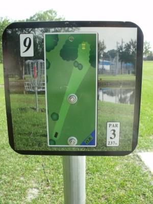 Youth Park, Main course, Hole 9 Hole sign