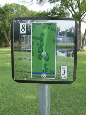 Youth Park, Main course, Hole 8 Hole sign