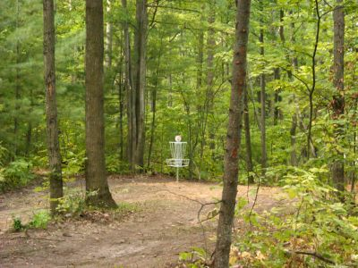Sanford Lake Park, The Jungle, Hole 5 Short approach