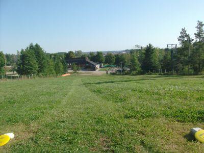 Chicopee, Main course, Hole 9 Short tee pad