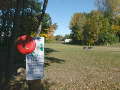 Chicopee, Main course, Hole 10 Hole sign