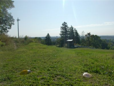 Chicopee, Main course, Hole 8 Short tee pad