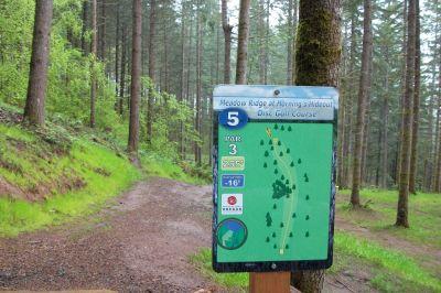 Horning's Hideout, Meadow Ridge, Hole 5 Tee pad