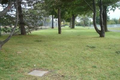 Parc Ignace Bourget, Main course, Hole 5 Tee pad