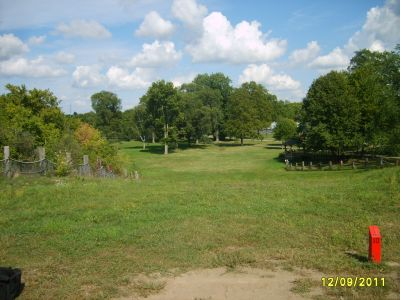 McCurdy Park, Main course, Hole 10 Tee pad
