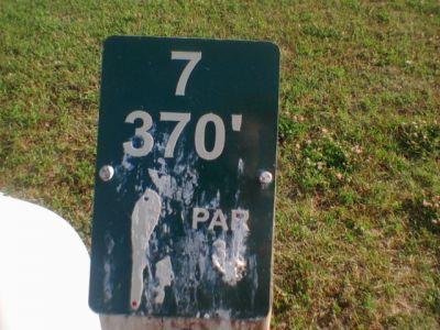 Reed Park, Main course, Hole 7 Hole sign