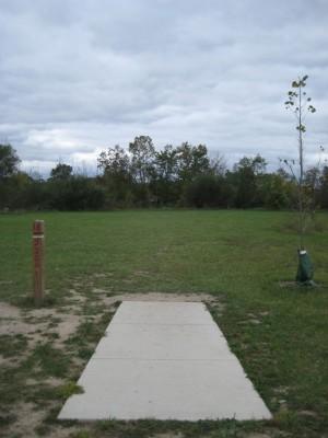 Mary Beth Doyle Park, Main course, Hole 18 Tee pad