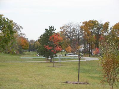 Mary Beth Doyle Park, Main course, Hole 1 Midrange approach