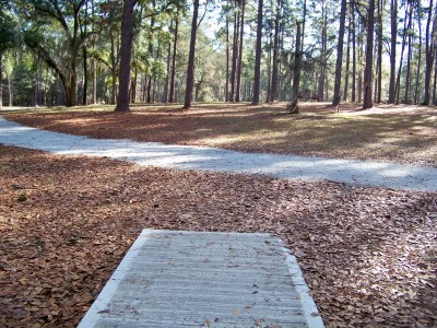 Joshua W. Franklin DGC, Main course, Hole 18 Tee pad