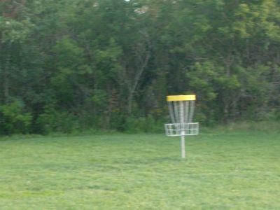 Lions Club of Sudbury DGC, Main course, Hole 4 Putt