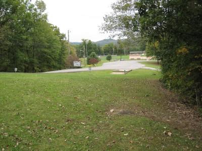 Little Creek Park, Main course, Hole 8 Midrange approach
