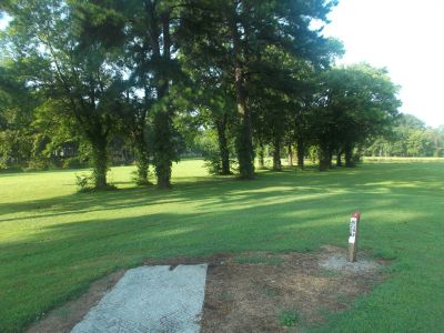 McFarland Park, Main course, Hole 1 Short tee pad