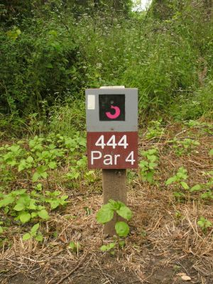 Gateway Park, West (The Privy), Hole 3 Hole sign