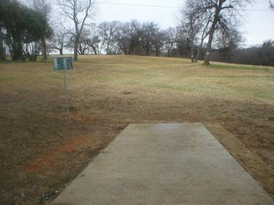 Turner Park, Main course, Hole 16 Tee pad