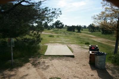 Woodward Legacy DGC, Main course, Hole 9 Short tee pad