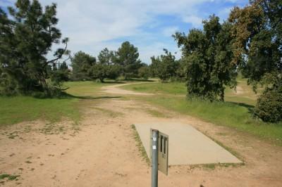 Woodward Legacy DGC, Main course, Hole 11 Short tee pad