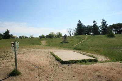 Woodward Legacy DGC, Main course, Hole 13 Short tee pad