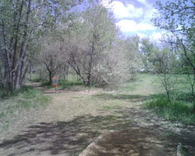 Oxbow, Main course, Hole 9 Tee pad