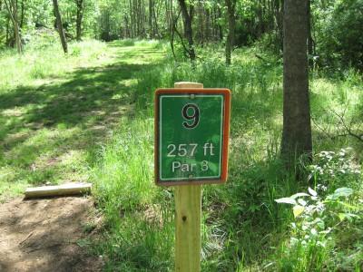 Poor House Farm Park, Main course, Hole 9 Hole sign