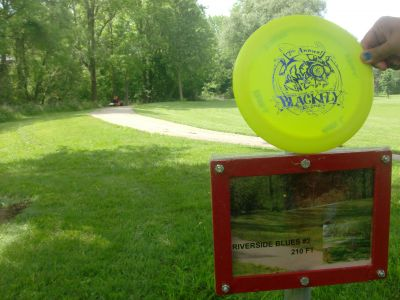 Steen Park, Main course, Hole 2 Hole sign